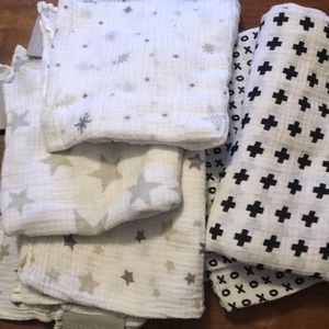 Bundle gender neutral swaddles